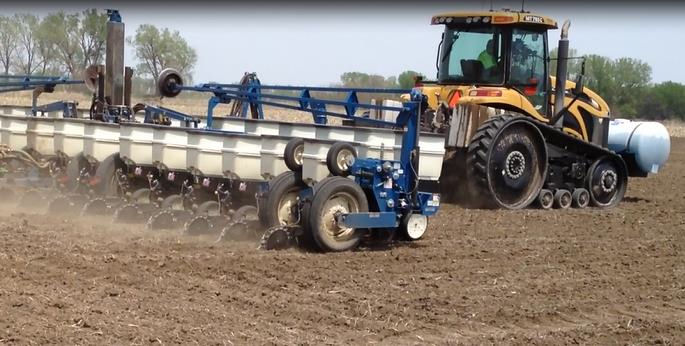 Shafferts on Kinze Planter